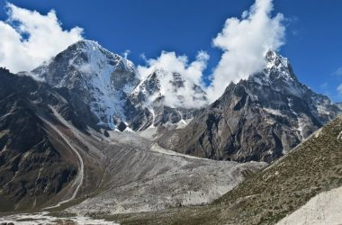 Cho-La Pass Trek Itinerary