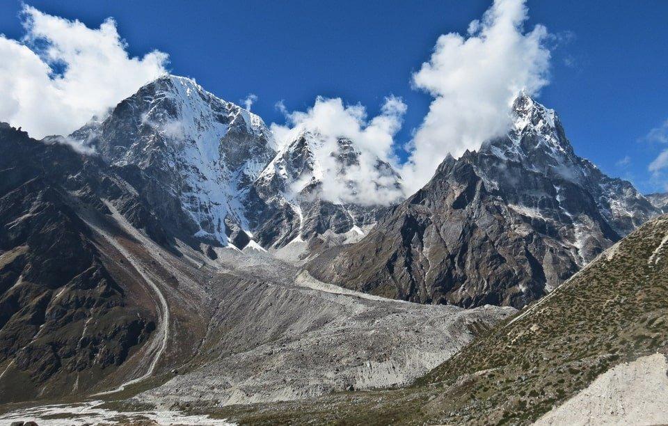 Cho-La Pass Trek Itinerary