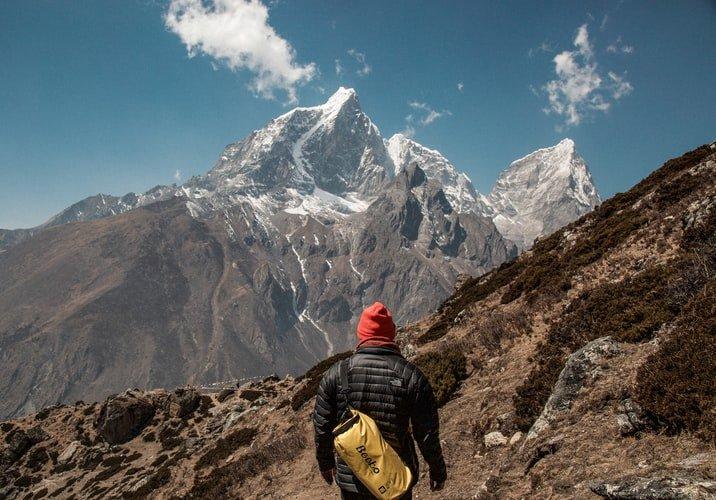 Climb Everest Mountain